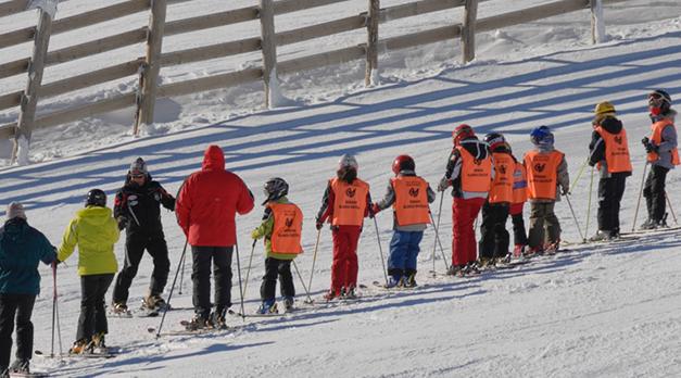 Esquí Escolar: Puigcerdà pagarà els forfets perquè tots els alumnes del municipi facin Setmana Blanca