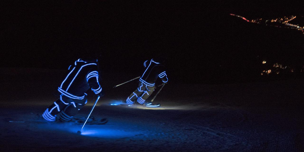 Audi uneix la tecnologia d'il·luminació LED i l'esquí a l'e-tron Ski Night