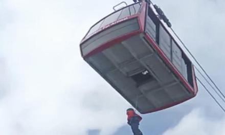 Rescatats 64 esquiadors al telefèric d'Arinsal!