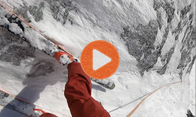Esquiant les muntanyes Selkirk a la Colòmbia Britànica