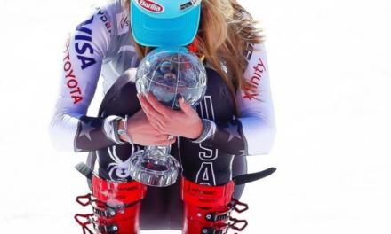 Mikaela Shiffrin torna als entrenaments a la neu pensant en la Copa del Món