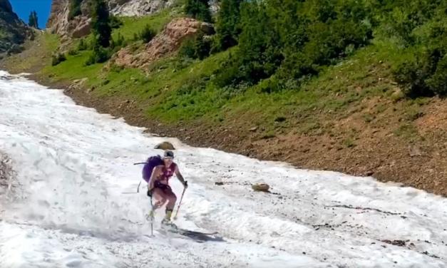 Esquiant en una llengua de neu