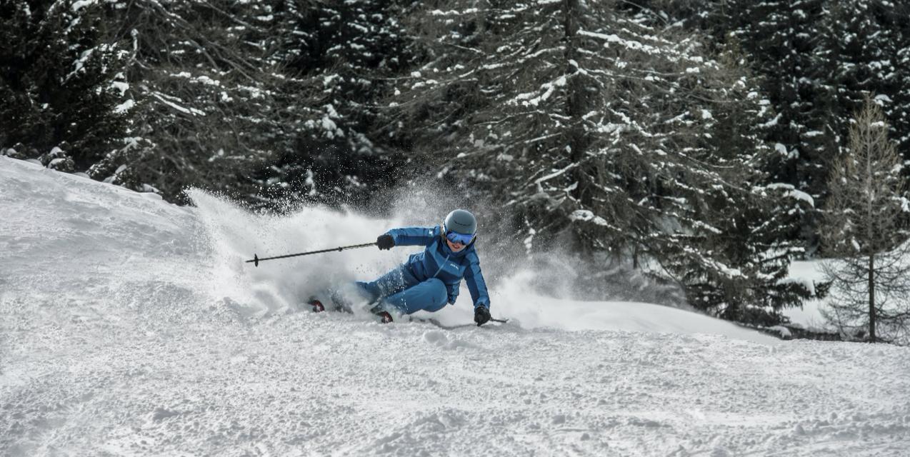Stöckli actualitza Stormrider i Nela, els esquís per gaudir a el màxim del fora pista