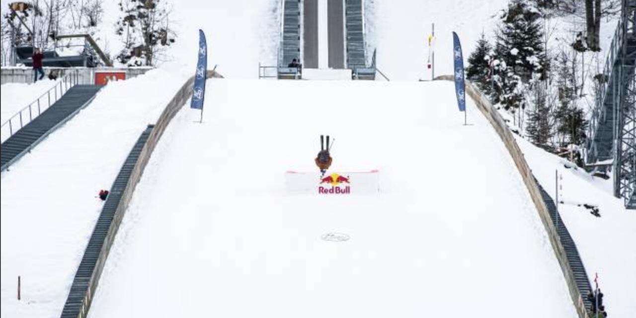 Increïble salt de Fabian Bösch al trampolí d'Engelberg