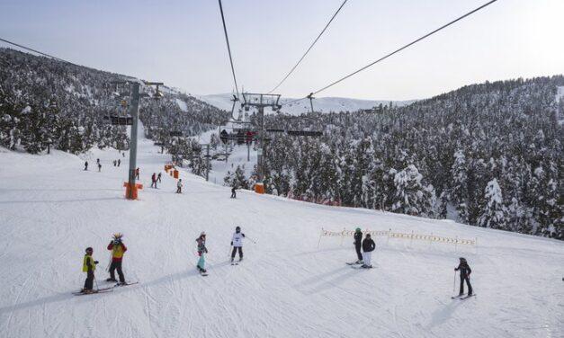 Les estacions d'esquí de FGC seguiran obertes tot i el nou confinament